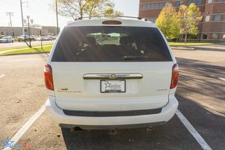 2006 Chrysler Town & Country Touring Maple Grove, Minnesota 6