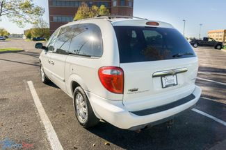 2006 Chrysler Town & Country Touring Maple Grove, Minnesota 2