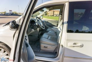 2006 Chrysler Town & Country Touring Maple Grove, Minnesota 16
