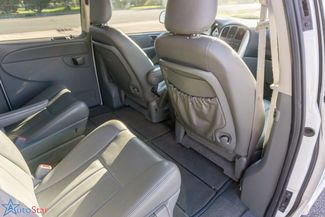 2006 Chrysler Town & Country Touring Maple Grove, Minnesota 23