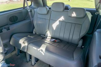 2006 Chrysler Town & Country Touring Maple Grove, Minnesota 29