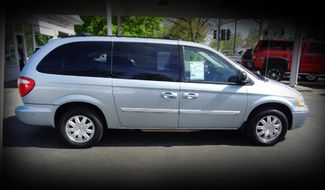 2006 Chrysler Town & Country Touring Minivan Chico, CA 1