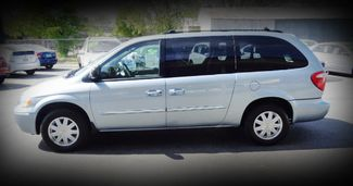2006 Chrysler Town & Country Touring Minivan Chico, CA 4