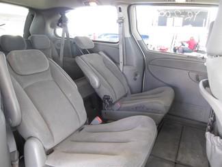 2006 Chrysler Town & Country Touring Gardena, California 11