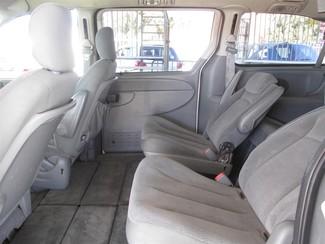 2006 Chrysler Town & Country Touring Gardena, California 9