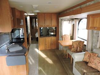 2006 Coachmen Epic 3480 13K Miles! One Owner! Bend, Oregon 9