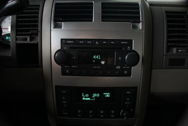2006 Dodge Durango Limited RWD - HEMI - REAR DVD - SUNROOF! Mooresville , NC 32