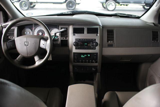 2006 Dodge Durango Limited RWD - HEMI - REAR DVD - SUNROOF! Mooresville , NC 29