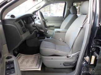 2006 Dodge Durango SXT  city CT  Apple Auto Wholesales  in WATERBURY, CT