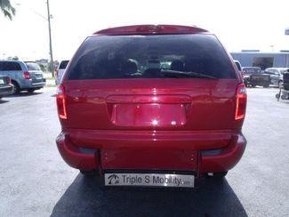 2006 Dodge Grand Caravan Sxt Handicap Van Pinellas Park, Florida 3