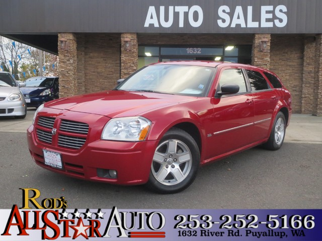2006 Dodge Magnum SXT The CARFAX Buy Back Guarantee that comes with this vehicle means that you ca