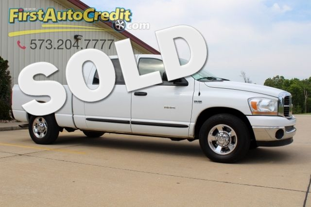 2006 Dodge Ram 1500 SLT | Jackson , MO | First Auto Credit in Jackson  MO