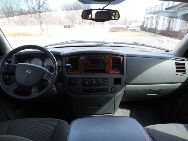 2006 Dodge Ram 1500 SLT 4X4 Leesburg, Virginia 18