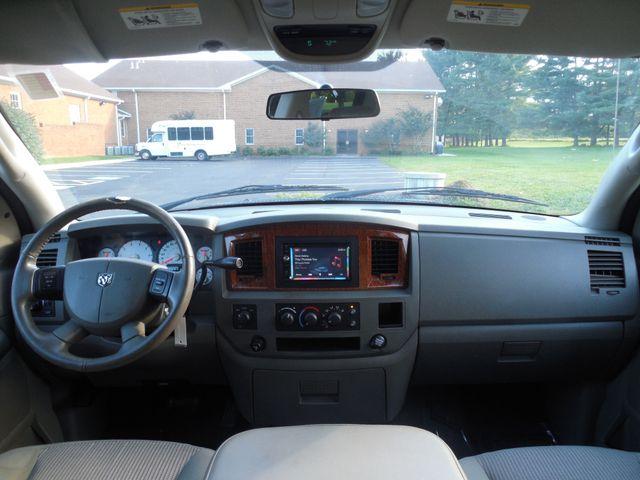 2006 Dodge Ram 1500 SLT Leesburg, Virginia 17