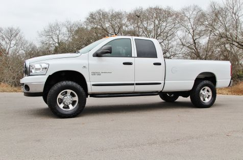 2006 Dodge Ram 2500 SLT - 5.9L - 6 SPEED - 4X4 in Liberty Hill , TX
