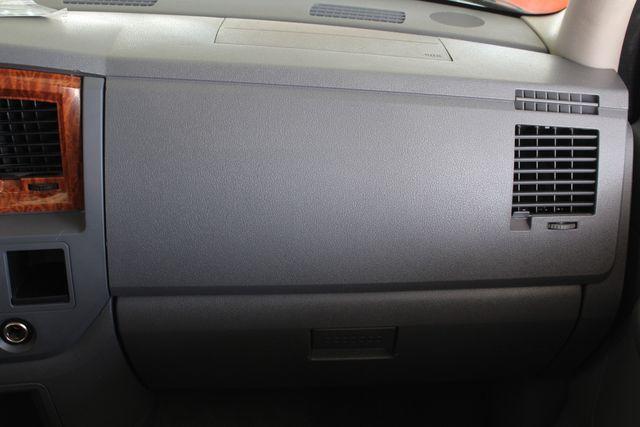 2006 Dodge Ram 2500 SLT MEGA Cab RWD - 5.9L CUMMINS DIESEL! Mooresville , NC 5