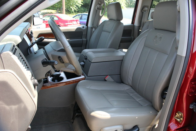 2006 Dodge Ram 3500 Laramie Mooresville , NC 18