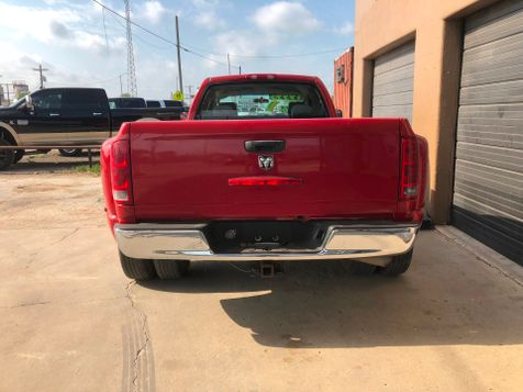 2006 Dodge Ram 3500 ST | Pleasanton, TX | Pleasanton Truck Company in Pleasanton, TX