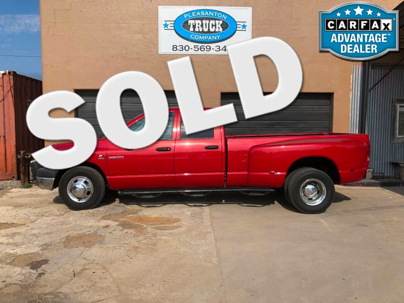 2006 Dodge Ram 3500 ST | Pleasanton, TX | Pleasanton Truck Company in Pleasanton TX