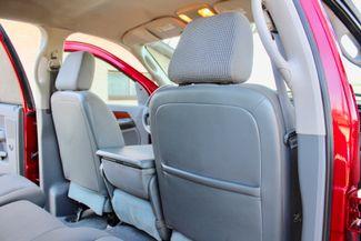 2006 Dodge Ram 3500 SRW SLT Quad Cab 4X4 5.9L Cummins Diesel 6 Speed Manual Sealy, Texas 37