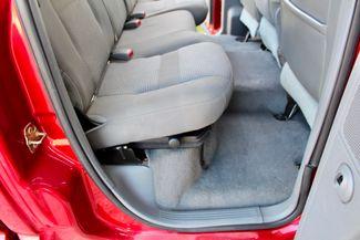 2006 Dodge Ram 3500 SRW SLT Quad Cab 4X4 5.9L Cummins Diesel 6 Speed Manual Sealy, Texas 39