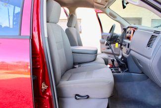 2006 Dodge Ram 3500 SRW SLT Quad Cab 4X4 5.9L Cummins Diesel 6 Speed Manual Sealy, Texas 42