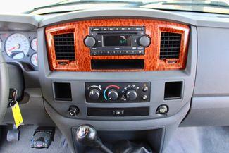 2006 Dodge Ram 3500 SRW SLT Quad Cab 4X4 5.9L Cummins Diesel 6 Speed Manual Sealy, Texas 49
