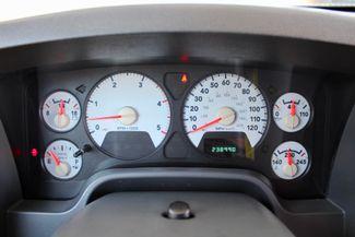 2006 Dodge Ram 3500 SRW SLT Quad Cab 4X4 5.9L Cummins Diesel 6 Speed Manual Sealy, Texas 51