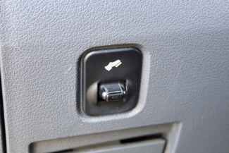 2006 Dodge Ram 3500 SRW SLT Quad Cab 4X4 5.9L Cummins Diesel 6 Speed Manual Sealy, Texas 55