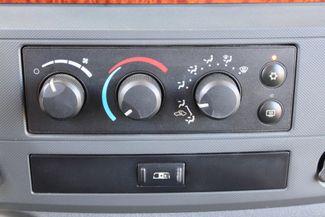 2006 Dodge Ram 3500 SRW SLT Quad Cab 4X4 5.9L Cummins Diesel 6 Speed Manual Sealy, Texas 58