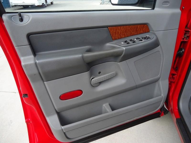 2006 Dodge Ram 3500 SLT  in Sherwood, Ohio