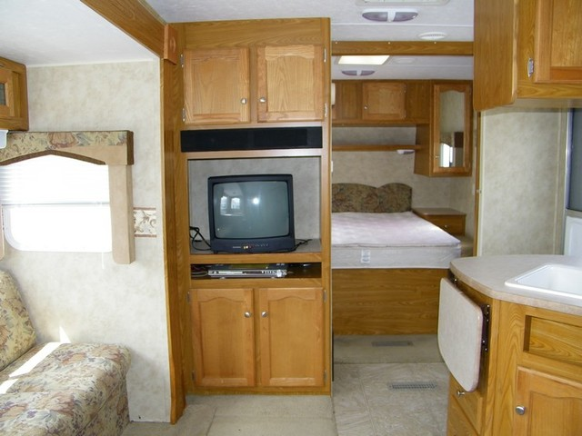 2006 Dutchmen Freedom Spirit 31BDS  city NY  Barrys Auto Center  in Brockport, NY