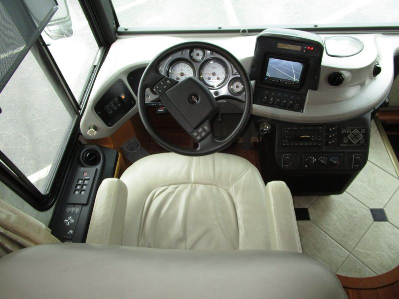 2006 Fleetwood Revolution 40L 40L  in Charleston, SC