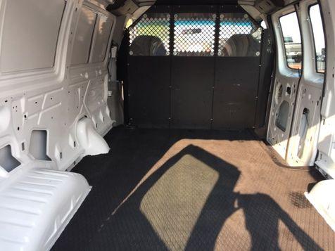 2006 Ford E250 Vans Econoline | Gilmer, TX | H.M. Dodd Motor Co., Inc. in Gilmer, TX