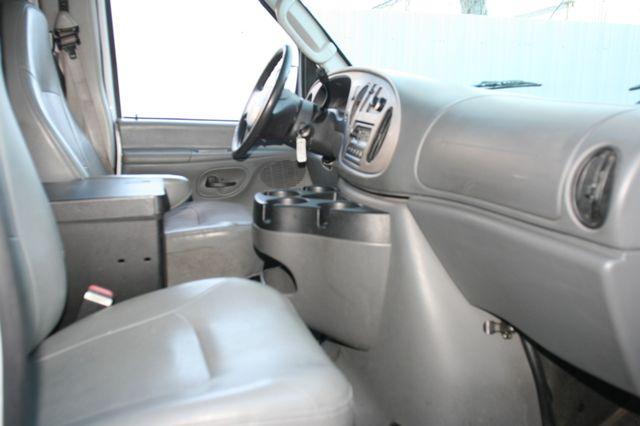 2006 Ford Econoline Cargo Van Houston, Texas 10