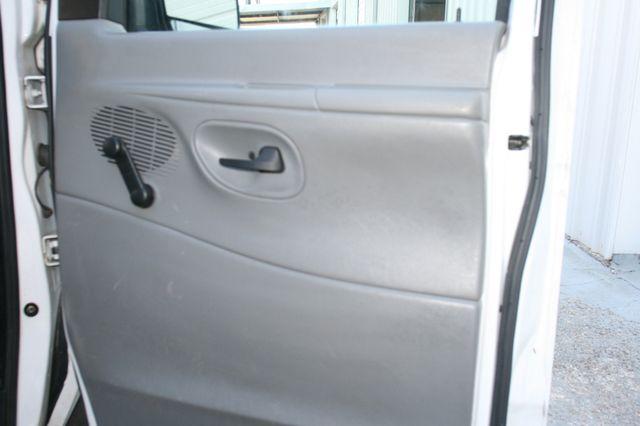 2006 Ford Econoline Cargo Van Houston, Texas 11