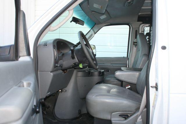 2006 Ford Econoline Cargo Van Houston, Texas 8