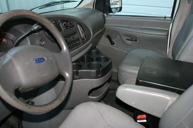2006 Ford Econoline Cargo Van Houston, Texas 9