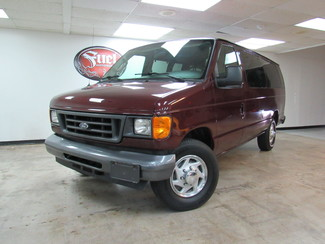 2006 Ford ECONOLINE E350 SUPER DUTY WAGON in Dallas TX