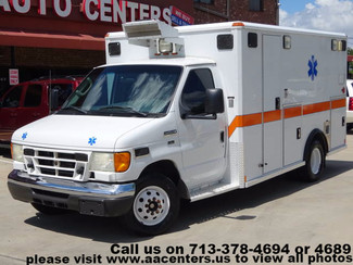 2006 Ford Econoline Commercial Cutaway E-450 Ambulance in Houston TX