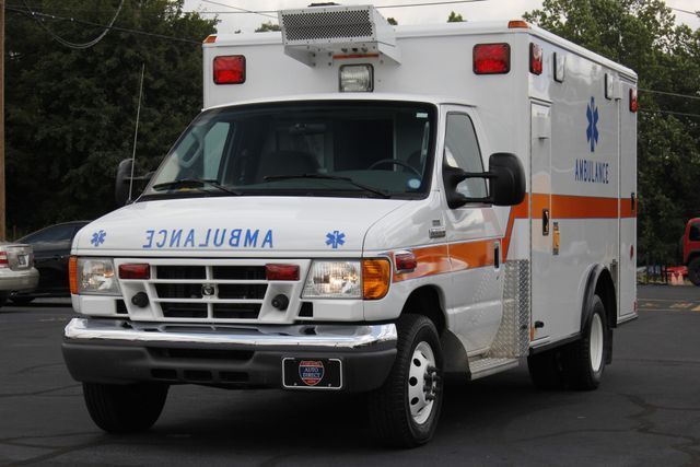 2006 Ford Econoline Commercial Cutaway E350 WHEELED COACH AMBULANCE TYPE III Mooresville , NC 28