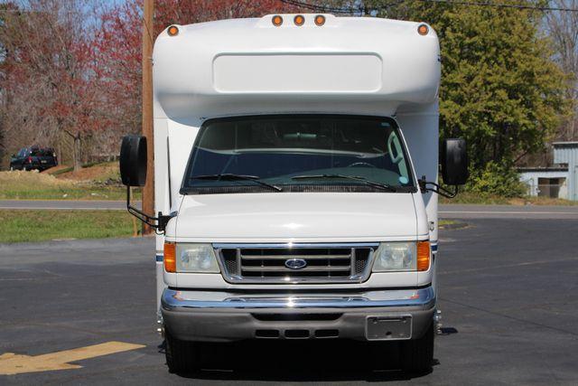 2006 Ford Econoline Commercial Cutaway E350 12 PASS Shuttle Bus/Van - 6.0L DIESEL! Mooresville , NC 16