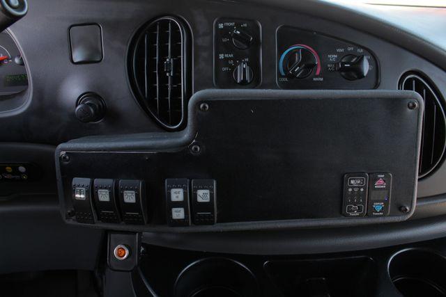 2006 Ford Econoline Commercial Cutaway E350 12 PASS Shuttle Bus/Van - 6.0L DIESEL! Mooresville , NC 30