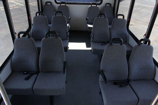 2006 Ford Econoline Commercial Cutaway E350 12 PASS Shuttle Bus/Van - 6.0L DIESEL! Mooresville , NC 4