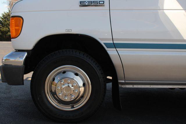 2006 Ford Econoline Commercial Cutaway E350 12 PASS Shuttle Bus/Van - 6.0L DIESEL! Mooresville , NC 18