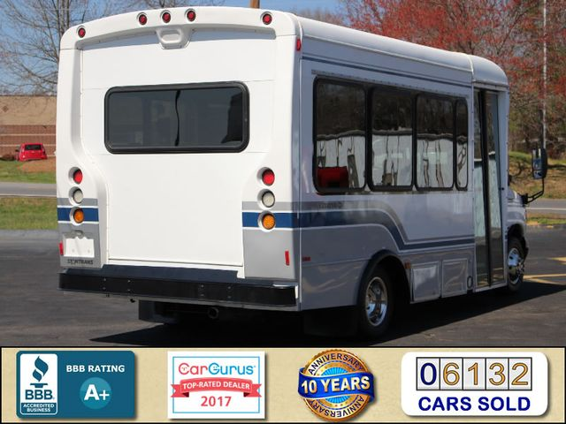 2006 Ford Econoline Commercial Cutaway E350 12 PASS Shuttle Bus/Van - 6.0L DIESEL! Mooresville , NC 3