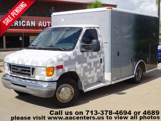 2006 Ford Econoline Commercial Cutaway E-350 Ambulance in Houston TX