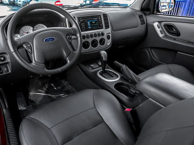 2006 Ford Escape Hybrid Burbank, CA 9
