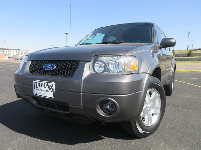 2006 Ford Escape Limited 4WD  Fultons Used Cars Inc  in , Colorado