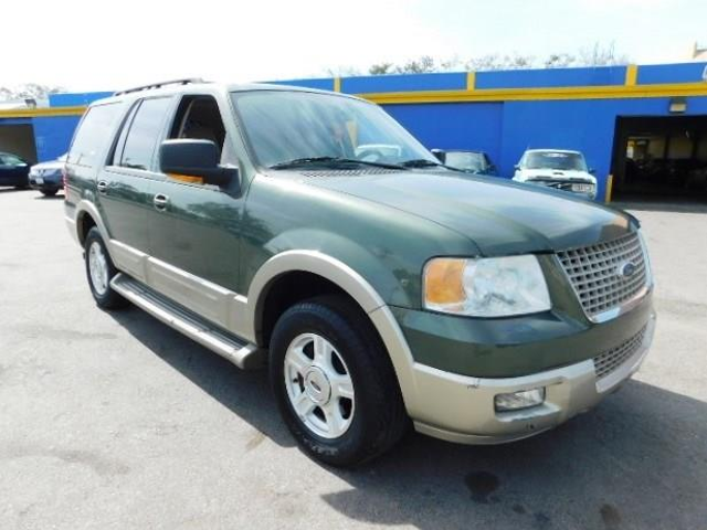 2006 Ford Expedition Eddie Bauer Limited warranty included to assure your worry-free purchase Aut